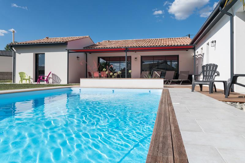 Grande maison d'architecte avec piscine à Niort